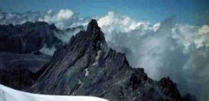 Gunung Ngga Pilimsit (kejaam29.blogspot)