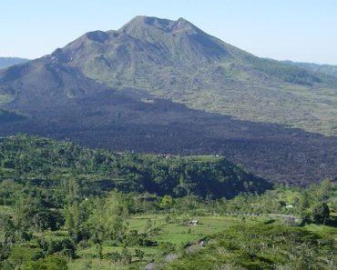 Alam Indonesia yang kaya