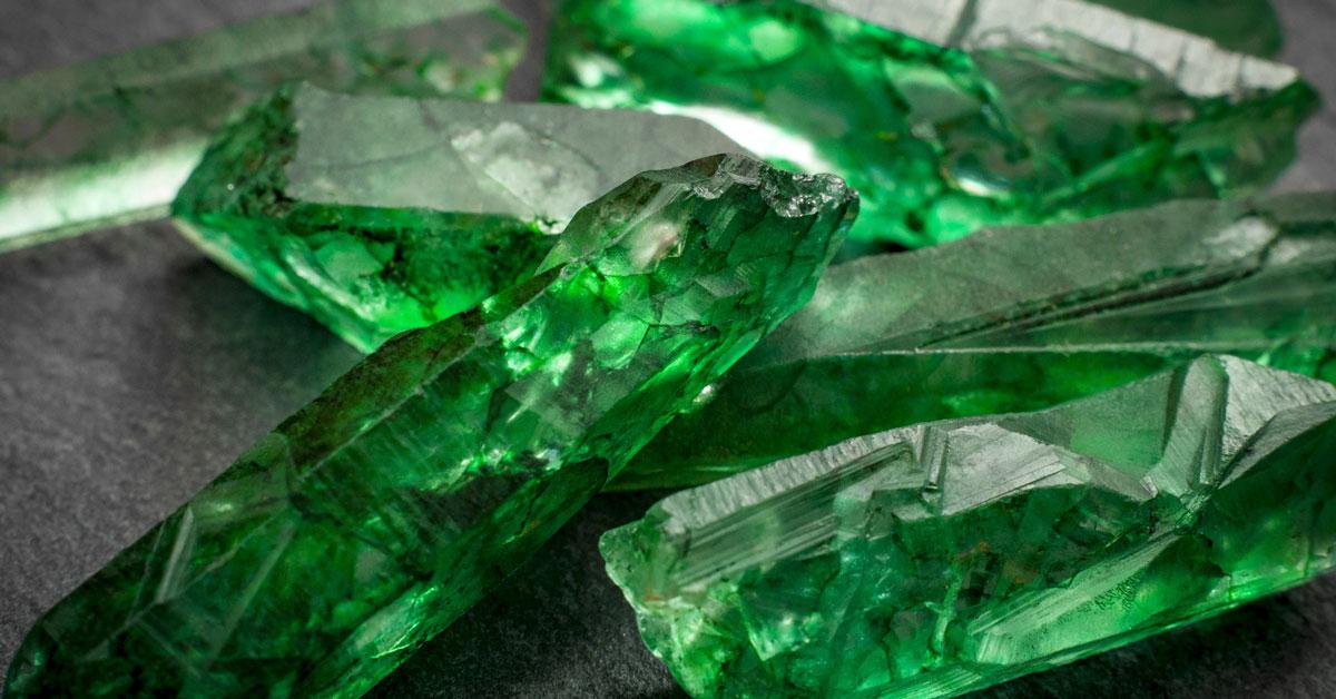 batu emerald